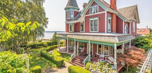 Stately Victorian with views